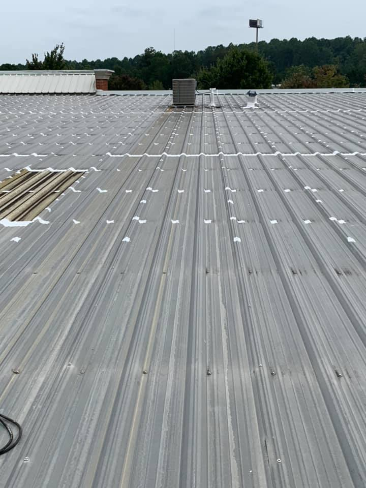 photo-one-of-many-commercial-roof-types